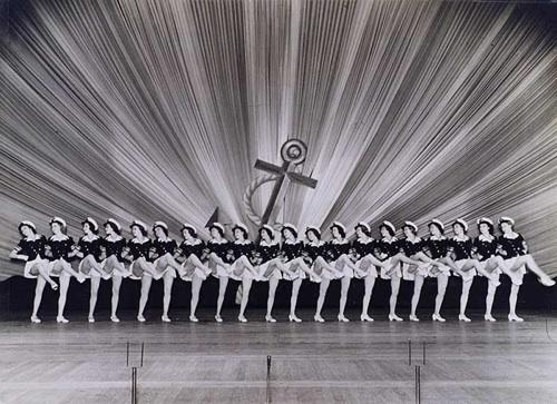 Tiller-Girls-line-up.jpg